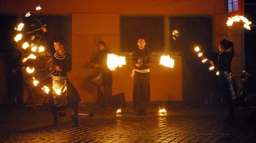 BALAKOLADA_firePerformance (12)